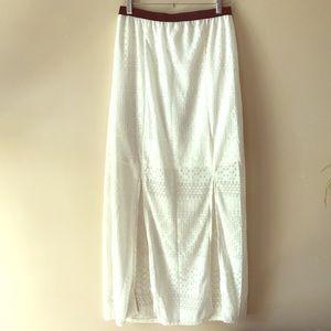 Cream maxi skirt Sz M